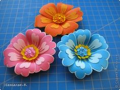 Minh Handmade: How to Make Cut Paper Flowers