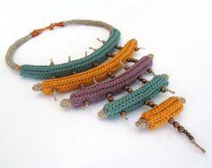 Crochet collier, collier tribal, collier, Collier textile, bijoux au crochet, tricot collier, Native inspiré, moutarde, un cadeau pour elle