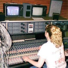 Susan Rogers on Working with PrinceIn 1983 Prince hired LA sound technician, Susan Rogers, one of the few women in the industry, to move to Minneapolis and help upgrade his home recording studio as he...