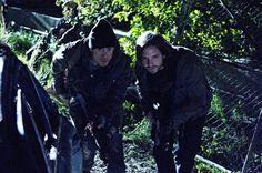 Cole and Ramse Investigate - 12 Monkeys Season 1 Episode 2