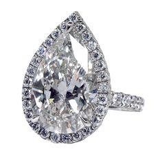 1stdibs.com | Magnificent Pear-Shaped Diamond Ring