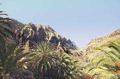 Senderismo, caminando o simplemente disfrutando de las vistas, Masca, Parque Rural de Teno, Tenerife, Islas Canarias / Hiking, walking, trekking or simply enjoying the view, Teno Rural Park, Tenerife, Canary Islands / Wandern oder einfach nur die Aussicht geniessen, Bergdorf Masca, Teneriffa, Kanarische Inseln