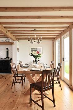 Dining room ideas from Welsh Oak Frame  #diningrooms #oakframe #oakbeams #diningroomideas