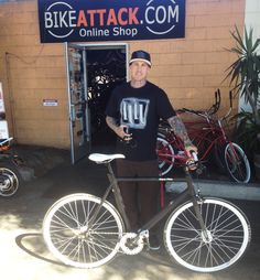 Carey Hart with his fixie