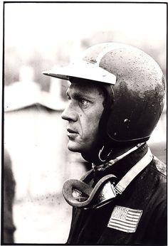 A clean Steve McQueen prepares his mind for the days riding ahead of him ISDT 1964 (François Gragnon)