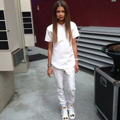 Zendaya Doing A Live Facebook Chat With Crushable On November 13, 2013