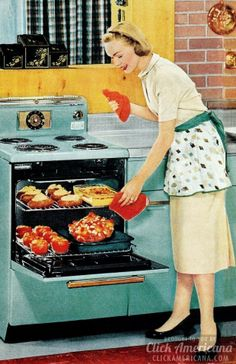 Retro How to be a perfect fifties housewife: In the kitchen - A lighthearted look back at the housewife during the sunny days of yesteryear, when a woman's home was her castle -- and her kitchen was the heart of that home. Vintage Humor, Vintage Ads, Vintage Posters, Vintage Wife, Retro Humour, Vintage Cameras, 1950s Housewife, Vintage Housewife, Vintage Cooking