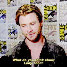 Chris Hemsworth was just as hyped for the new female Thor as the rest of us. | The 21 Most Amazing Things That Happened At Comic-Con This Year