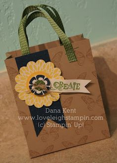 Gift bag made with the Simply Scored