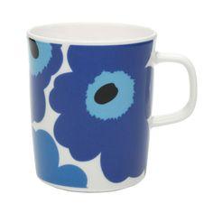 The lovely Marimekko Unikko design is now on a newly designed mug. Marimekko is now using the Oiva design stoneware mug by Sami Ruotsalainen to showcase their signature Unikko poppy flower pattern. Sta