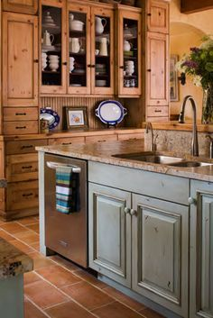 Pavé Tile & Stone, Inc. > Testimonials - What Our Customers Are Saying about our Original Collections of Terra Cotta Tile, French Wide-Plank Oak Floors and French Limestone Flooring