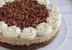 Vaaleanpunainen Nonparelli: Kinuskinen Daimjuustokakku Baking Recipes, Cake Recipes, Dessert Recipes, Finnish Recipes, Gluten Free Baking, Something Sweet, Healthy Treats, Vegan Desserts, Cheesecakes