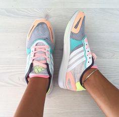 Adidas StellaSport Yvori... NEED!