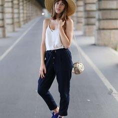 Un nouvel #ootd est en ligne 🔛 Giseleisnerdy.fr ! 📷 @allineedisclothes | #streetstyle #streetlook #streetfashion #fashion #mode #lookbook #look #outfitoftheday #outfit #paris #france #joggerpants #style #styles #blogger #blog #fashionblog #instalook #igers #fashionblog #nike #asos #asseenonme