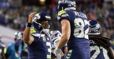 Seahawks dance around, wear short shorts for 'Techno Thursday'
