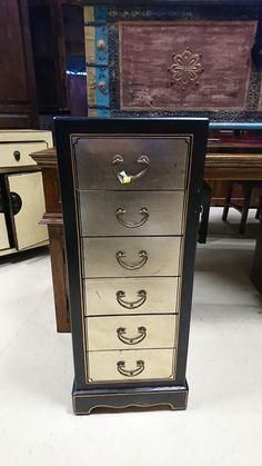 szafka orientalna 850zł