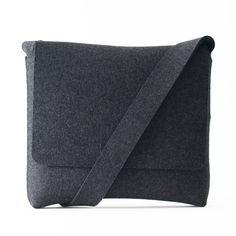 Oxford Gray Felt Messenger Bag from Feltum
