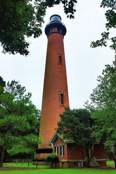 Currituck Beach Lighthouse Oregon. Now lighthouse duty wouldn't be so bad there... instead of stuck out on a rock in the ocean,haha!