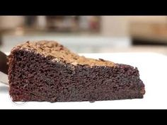 Bolo tipo Brownie sem farinha - Isamara Amâncio Brownies, Macarons, Make It Yourself, Lactose, Desserts, Food, Cookies, Youtube, Chocolate Mix