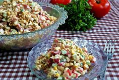 W garach u Gosi: Sałatka z zupek chińskich 2 Pasta Salad, Potato Salad, Potatoes, Ethnic Recipes, Food, Crab Pasta Salad, Eten, Potato, Meals