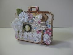 Project created using Sizzix XL dies Suitcase by Elaine Lai