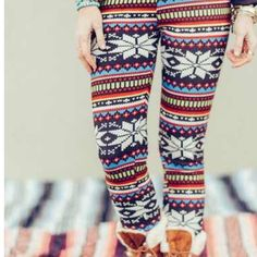 NWT Aztec Fleece Lined Leggings Brand new with tag! Not by free people just listed for exposure. Bohemian style Aztec fleece lined leggings are one size and SUPER SOFT and comfortable! Price is firm unless bundled. No trades! Free People Pants Leggings