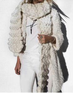 Bulky White scarf