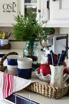 Christmas home tour on sutton place diy ideas, decor and easy crafts to h. Diy Craft Projects, Diy Crafts To Sell, Easy Crafts, Cottage Christmas, Christmas Home, Christmas Brunch, Christmas Kitchen, Christmas Ideas, Kitchen Vignettes