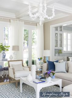 Hamptons Style - Chic in Blue
