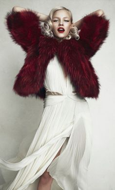 Womens fashion editorial photo shoot: model Ginta Lapina by photographer Norman jean Roy for Allure magazine Russia December 2013 white silk chiffon pleated vintage style dress, red fur jacket (mw) Foto Fashion, High Fashion, Womens Fashion, Fashion Blogs, Norman Jean Roy, Ginta Lapina, Burgundy Fashion, Glamour, In Vino Veritas