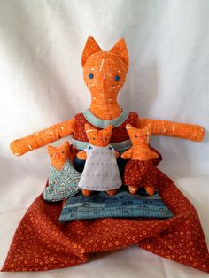 Mama Cat and Her Skirt - Dwelling Kittens Pattern (etsy pattern)