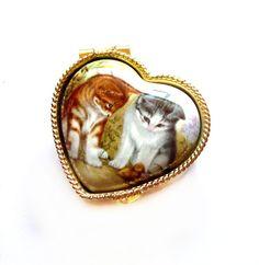 antique pill boxes | Vintage Pill Box, Gold Metal, Cat / Kitten Porcelain Miniature