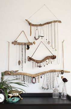 Bohemian bedroom inspiration - Driftwood Jewelry Organizer Made to Order Jewelry Hangers Pick the Driftwood Boho Decor Storage Jewelry Holder Hanging Jewelry Display – Bohemian bedroom inspiration Jewellery Storage, Jewellery Display, Jewelry Organization, Hanging Jewelry Organizer, Jewellery Holder, Diy Jewellery, Bracelet Organizer, Diy Jewelry Holder Wood, Organization Ideas
