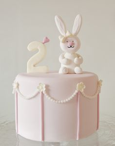 Ava's Bunny Cake by Sweet Tiers, via Flickr