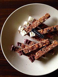 固いシリアルバー。ドライフルーツとナッツで Sweets Recipes, Blog Entry, Cinnamon Sticks, Spices, Food And Drink, Meat, Spice
