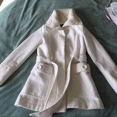 "Warm white coat Worn many times. Some piling under the armpit but other that that good condition. Length 30"" Shoulder to shoulder 15"" Atmosphere Jackets & Coats"