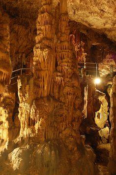 Biserujka grotten