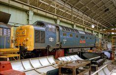 55019 at Doncaster Works on June 1981 undergoing power unit changes. Electric Locomotive, Diesel Locomotive, Uk Rail, Japan Train, Railroad Pictures, Power Unit, British Rail, World Pictures, Diesel Engine