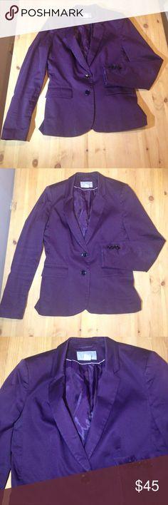 ☀️🎃S•A•L•E🎃💟H&M Plum Purple Blazer Jacket H&M Plum Purple Blazer Jacket great for work parties fall winter office attire formal weddings womens size 8 H&M Jackets & Coats Blazers