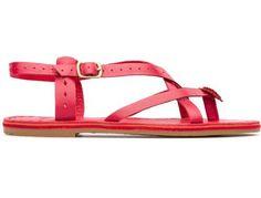 Para a coleção Primavera/Verão 2013, a Camper apresenta a Itaca, uma sandália vermelha aberta em couro de flor integral, para um visual de verão fresco e artesanal.