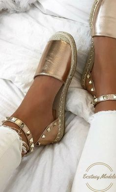 Rose Gold Sandals from http://lavishluxe.co.uk