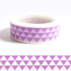 Masking tape triangles mauves