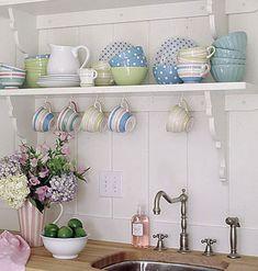 cottage kitchen PRETTY CORBELS