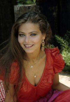 Ornella Muti (born March 1955 in Rome; actually Francesca Romana Rivelli) is a . - Ornella Muti (born March 1955 in Rome; actually Francesca Romana Rivelli) is an Italian actress. Ornella Muti, Most Beautiful Women, Beautiful People, Beautiful Italian Women, 80s Fashion, Fashion Beauty, Italian Models, Actrices Hollywood, Italian Actress