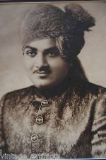 H.H. Raj Rajeshwar Maharajadhiraj Shri Hanwant Singh was the ruler of Jodhpur (1947-52). His wife was Rajmata Krishna Kumari. He died in a plane crash with his mistress Zubeida near Bhawalpur. They lived in Umaid Bhavan in Jodhpur. He had won both the Lok Sabha and assembly elections from Jodhpur but died before the results were declared. His first wife Rajmata Krishna Kumari remained the last reigning Maharani of Marwar-Jodhpur - <3 Rhea Khan