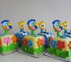 Baby cake...