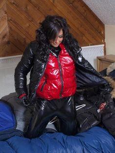 Raincoats For Women Shape Info: 9242625381 Black Rain Jacket, Rain Jacket Women, Green Raincoat, Hooded Raincoat, Wet Look Leggings, Shiny Leggings, Raincoats For Women, Jackets For Women, Nylons