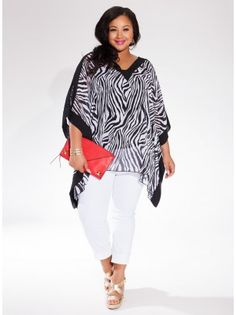 Kiki Plus Size Tunic in Zebra - Plus Size Endless Summer by IGIGI..love the pop of color in the purse.