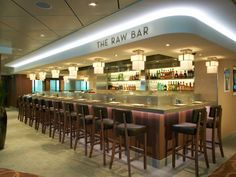 The accompanying Raw Bar in Ocean Blue is an interesting and worthwhile touch.