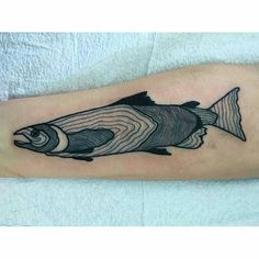 """Chinook salmon by @littlebabylinda at #elmstreettattoo. Contact for appointments at contact@littlelinda.me #dallastattoo #2146531392 #chinook…"""